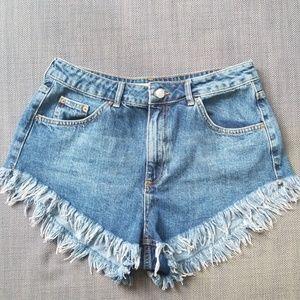 Topshop Kiri Frayed Edge Denim Shorts Sz.10